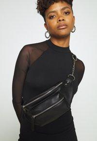 Even&Odd - Pouzdrové šaty - black - 3