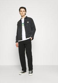 Carhartt WIP - SCREW - Long sleeved top - white - 1