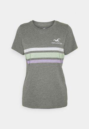 TEE - T-shirts med print - grey
