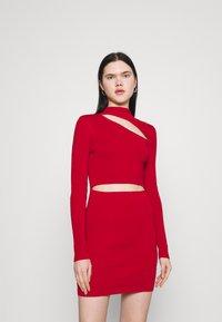 Milk it - MINI DRESS HIGH NECK CUTOUT CHEST - Shift dress - red - 0