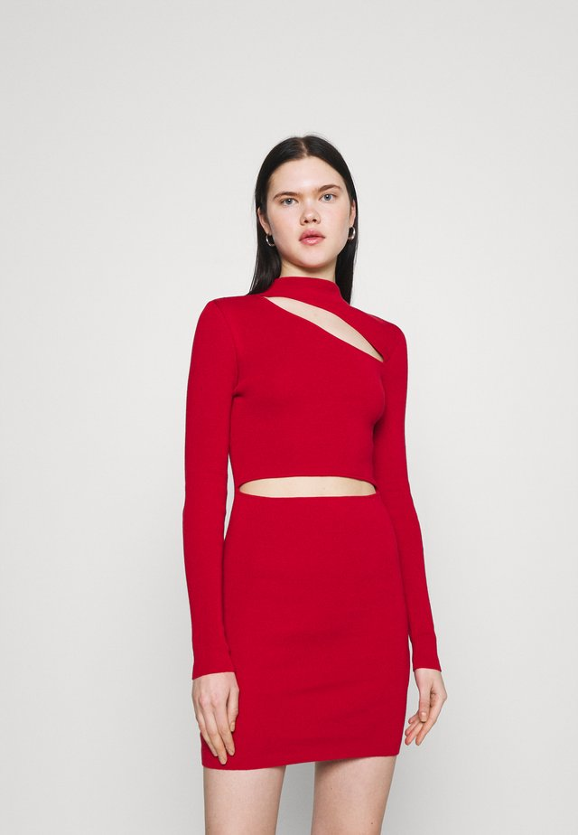 MINI DRESS HIGH NECK CUTOUT CHEST - Etuikjole - red