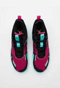 Jordan - WESTBROOK ONE TAKE - Koripallokengät - vivid pink/laser orange/black/dynamic turquoise - 3