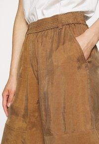 ARKET - SHORT - Shorts - beige dark - 5