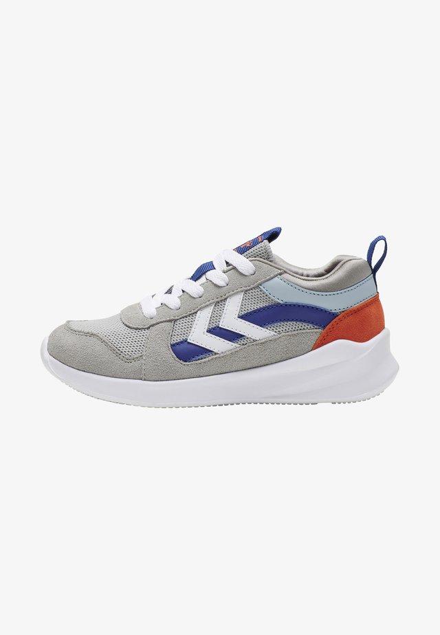 Sneaker low - alloy