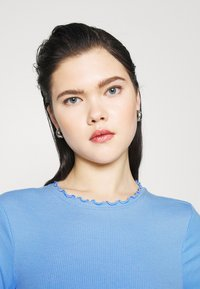 New Look - BABYLOCK TEE - Long sleeved top - light blue - 2