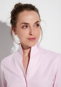 Eterna - MODERN CLASSIC REGULAR FIT - Button-down blouse - rosa - 2