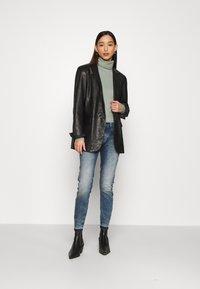 G-Star - LYNN MID SKINNY RP ANKLE WMN - Jeans Skinny Fit - antic faded kyanite - 1