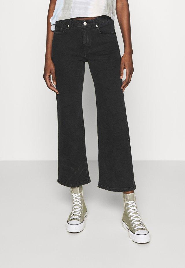 BROOKE - Jeans a zampa - grey wash