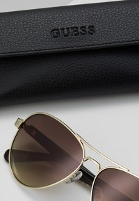 Guess - Sunglasses - gold-coloured - 2