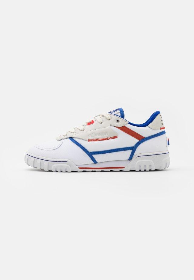 TANKER PEAK - Sneakers laag - offwhite/white/blue