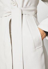 Weekday - KARLEE COAT - Trenchcoat - light beige - 5