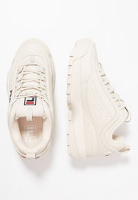 Fila - DISRUPTOR - Sneakersy niskie - antique white - 5