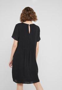 Bruuns Bazaar - CAMILLA CECILIA DRESS - Freizeitkleid - black - 2