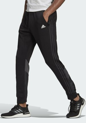FI Q2 BD MUST HAVES AEROREADY PRIMEGREEN SPORTS REGULAR PANTS - Träningsbyxor - black
