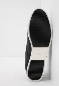 ALDO - AAUWEN-R - Stringate sportive - black - 4