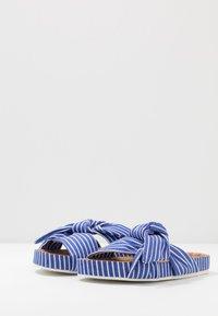 Scotch & Soda - YOLIN  - Pantofle - blue striped - 4
