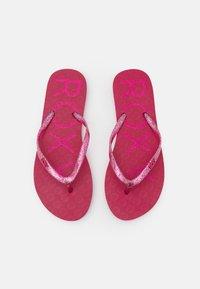 Roxy - VIVA SPARKLE  - Pool shoes - cerise - 5