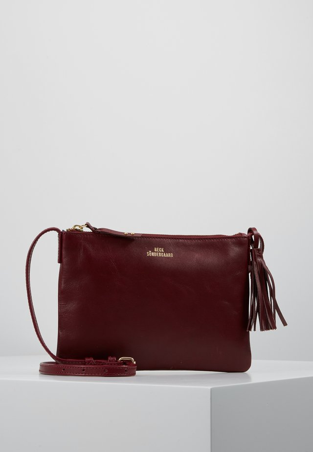 LYMBO - Across body bag - burgundy cream