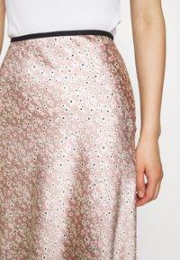 ARKET - MAXI SKIRT - A-line skirt - orange/dusty light - 5