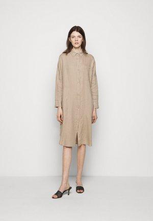 PROCIDA - Sukienka koszulowa - taube grau