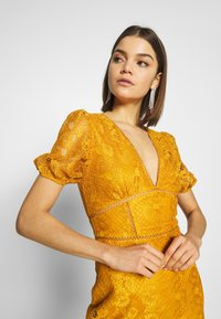 Fashion Union - LUCA - Vestido informal - yellow - 3