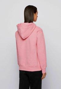 BOSS - C_EDELIGHT_ACTIVE - Kapuzenpullover - light pink - 2