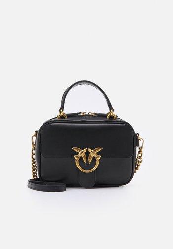 LOVE MINI SQUARE SIMPLY ANTIQUE - Across body bag - black