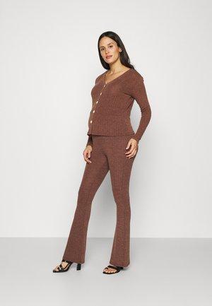 CUT & SEW FLARED TROUSERS CARDIGAN SET - Cardigan - brown melange