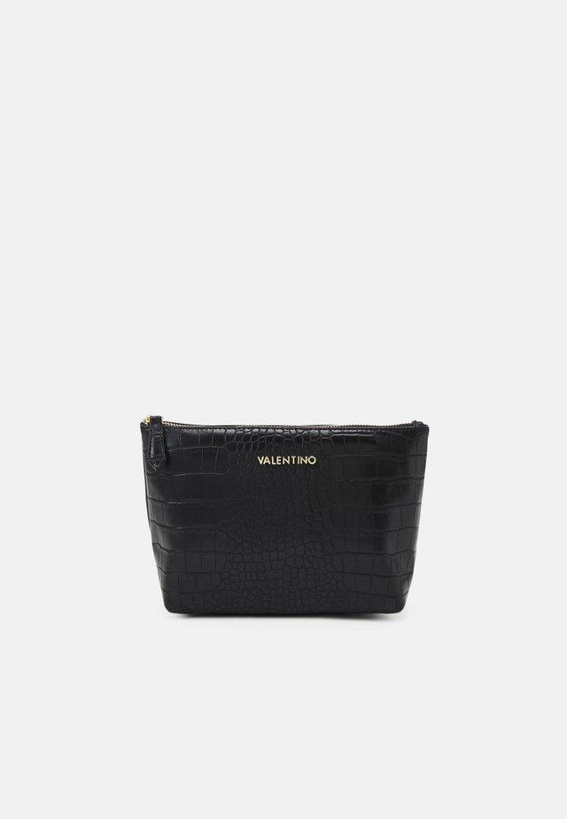 ANASTASIA - Kosmetická taška - nero