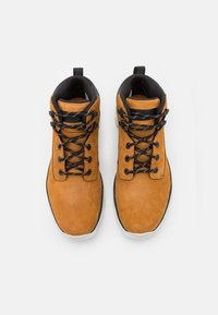 Timberland - TREELINE - Lace-up ankle boots - wheat/white - 3