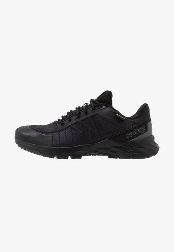 ASTRORIDE TRAIL GTX 2.0 - Zapatillas de trail running - black