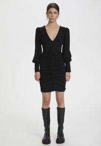 Gestuz - Shift dress - black - 0