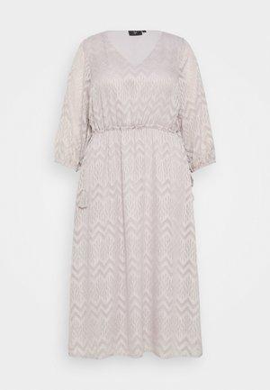 YFAITH ¾ DRESS - Kjole - silver scone