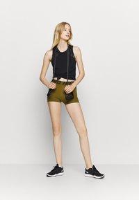 Nike Performance - Legging - olive flak/black - 1