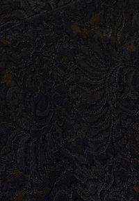 ONLY - ONLALBA VNECK - Bluse - black - 2