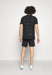 Diadora - SHORT CORE - Sports shorts - black - 2