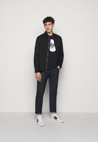 Emporio Armani - Relaxed fit jeans - blue - 1