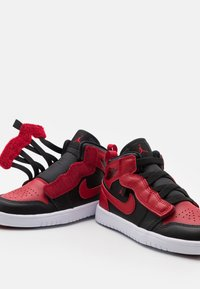 Jordan - 1 MID ALT UNISEX - Basketball shoes - black/gym red/white - 5