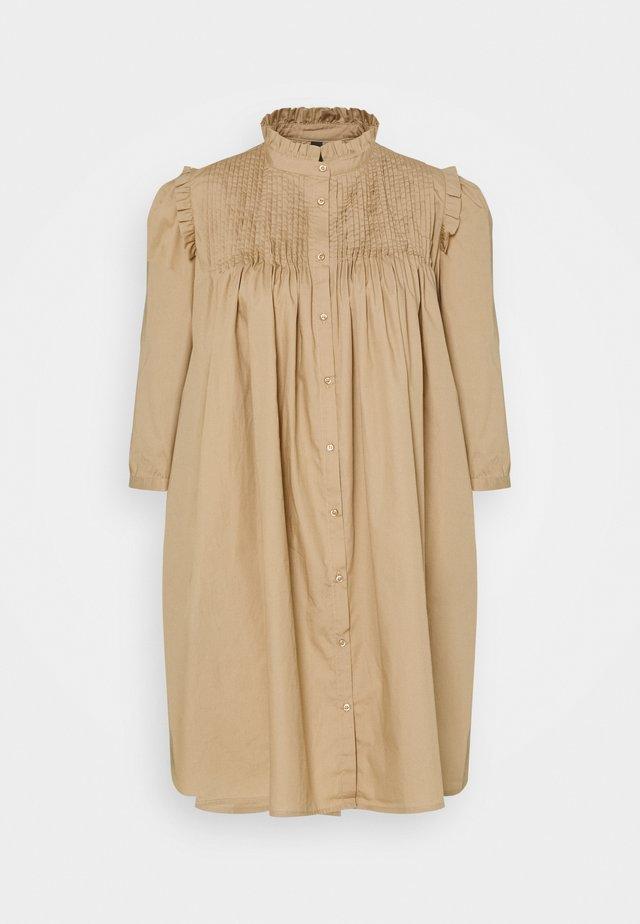 YASROBBIA DRESS - Shirt dress - tannin
