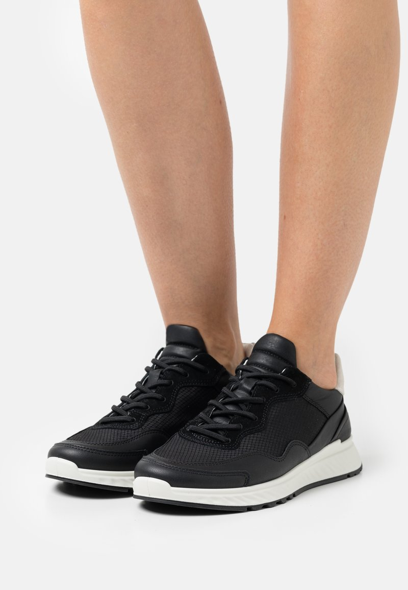 ECCO - ST.1 - Zapatillas - black/shadow white