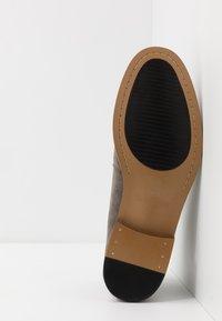 Madden by Steve Madden - EAVES - Šněrovací boty - grey - 4