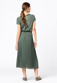 HALLHUBER - Pleated skirt - seegrün - 2