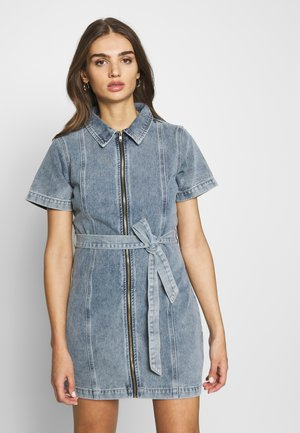 ZIP UP SELF BELT DRESS - Denim dress - denim blue