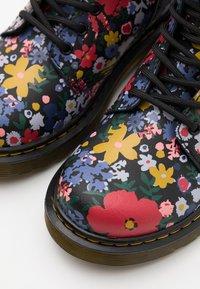 Dr. Martens - 1460 WANDERFLORA  - Lace-up ankle boots - black - 5