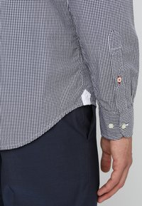 Tommy Hilfiger - CORE CHECK  - Shirt - peacoat/bright white - 3