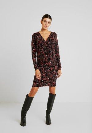 2 IN 1 - Vestido ligero - black/coral