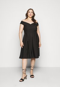Chi Chi London Curvy - CURVE SEVDA DRESS - Cocktail dress / Party dress - black - 0