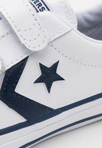 Converse - STAR PLAYER UNISEX - Zapatillas - white/navy - 5