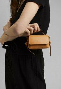 edc by Esprit - Across body bag - camel - 1