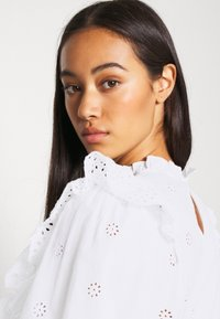 New Look - DOLLY CUTWORK - Bluser - white - 3